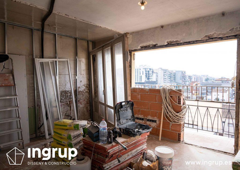 0007 reforma integral vivienda ingrup estudi diseno construccion granollers barcelona obra reforma derribo de paredes cocina comedor espacio diafano