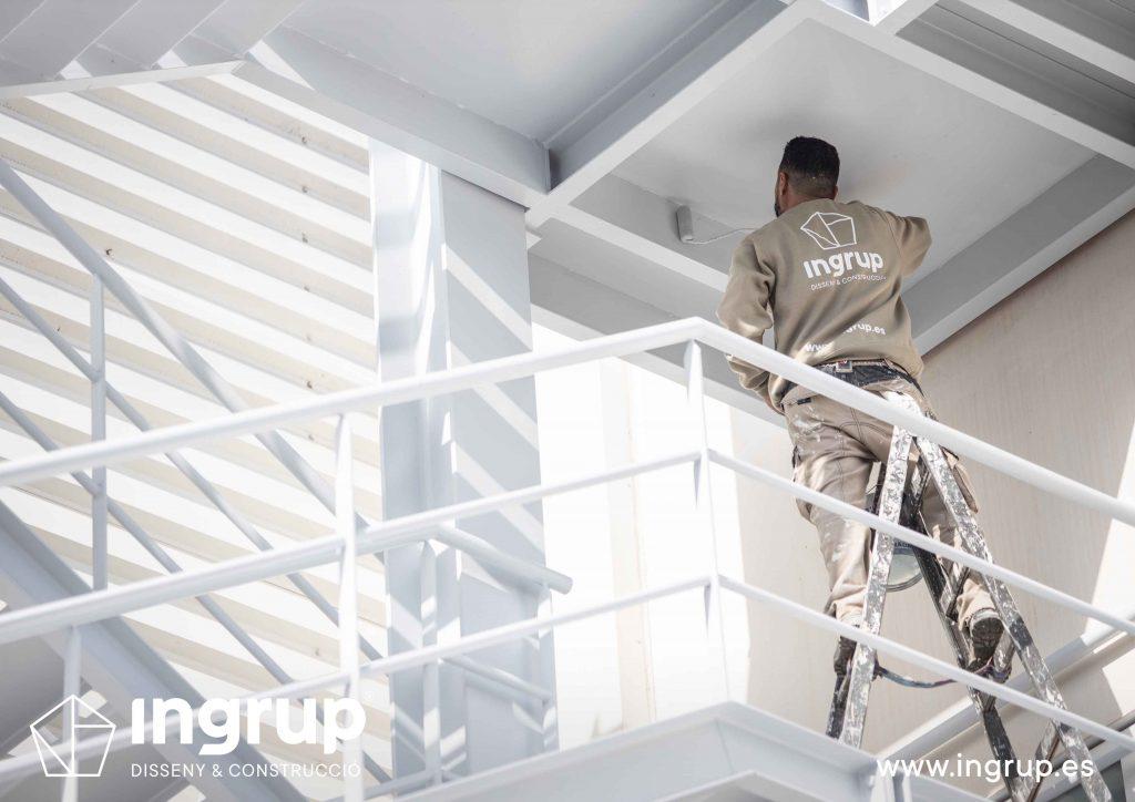 003 kh7 mantenimiento empresas comunidades retail pintura industrial ingrup estudi diseno construccion