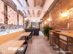 la magrana restaurante cuina meditarrania ingrup estudi diseno construccion granollers barcelona obra reforma interiorismo barra nueva decoracion entrada mobiliario a medida