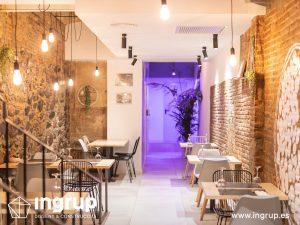 008 la magrana restaurante ingrup estudi diseno construccion granollers barcelona obra reforma interiorismo comedor interior nuevo iluminacion mobiliario a medida ladrillo visto decoracion vinilos