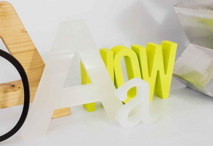 letras-corporeas-fabricacion-madera-pvc-aluminio-metacrilato-ingup-estudio-diseno-retail-rotulacion-granollers-barcelona