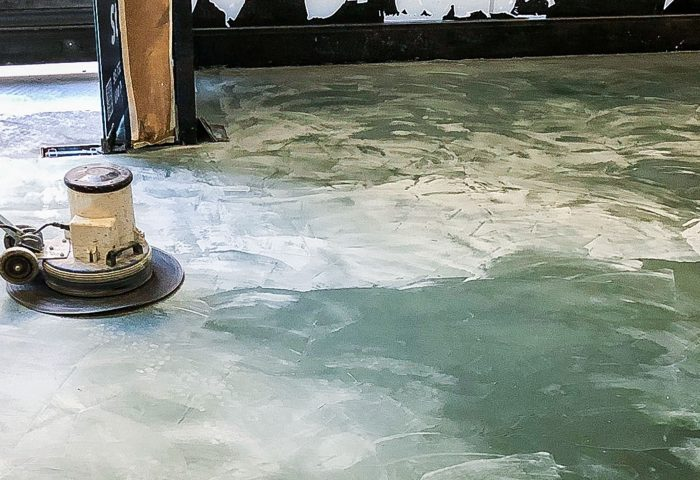 02 slider ingrup estudi obra y construccion diseno reforma granollers barcelona aplicacion de microcemento pulido
