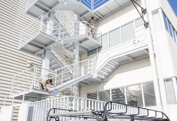 02 slider principal kh7 mantenimiento pintura escaleras emergencia industrial emergencies