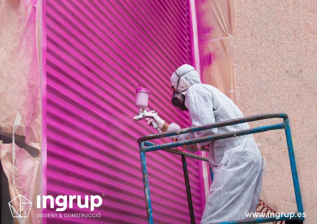 pintura-industrial-locales-comerciales-naves-industriales-fachadas-trabajos-en-altura-ingrup-estudi-diseno-construccion-retail-granollers-barcelona