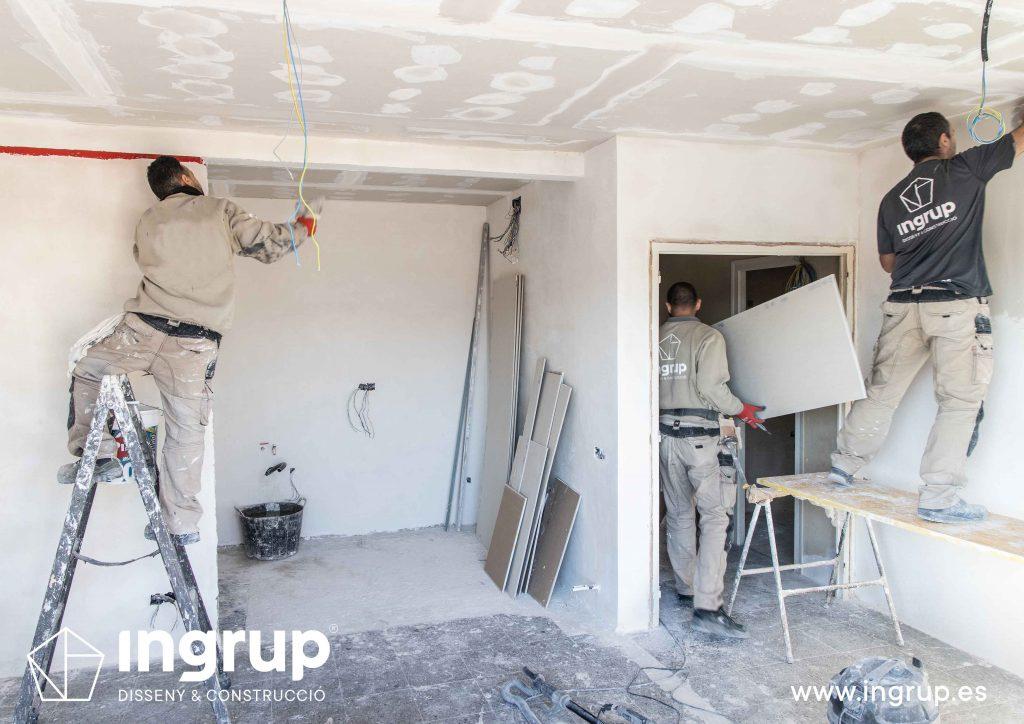 06 obra reforma piso vivienda ingrup estudi granollers diseno construccion operarios pladur electricidad fontaneria pintura