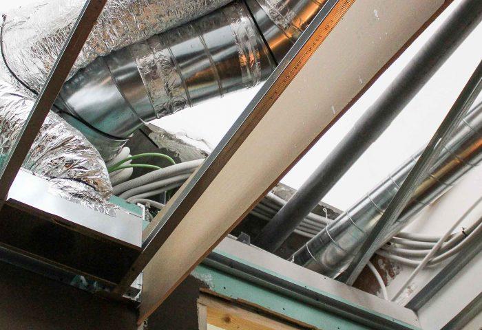 39 slider servicio instalaciones agua luz climatización lampisteria fontaneria electricidad alta baja tension desagues ingrup estudi granollers barcelona diseno construccion retail