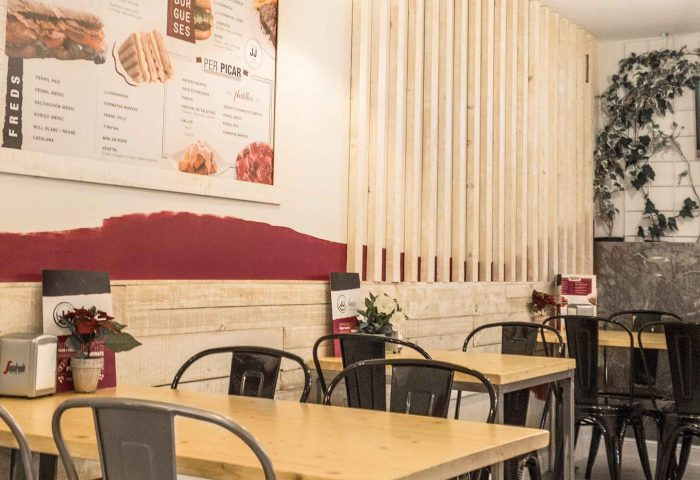03 slider principal obra reforma interiorismo comercial bar jj comedor interior mobiliario ingrup estudi diseno construccion retail vinilo decoracion iluminacion granollers barcelona