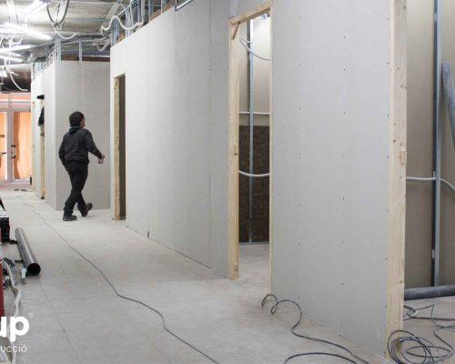 08 aplacado pladur distribucion aberturas puertas premarcos ingrup estudi estudio diseno construccion retail rotulacion granollers barcelona interiorismo