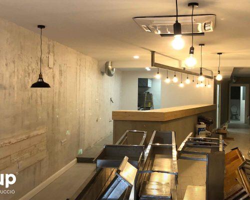 12 detalles finales decoracion acabados pintura decorativa iluminacion barra led ingrup estudi diseno construccion retail granollers barcelona