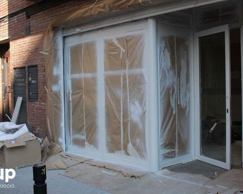 13 pintura decorativa marco cristalera entrada ingrup estudi estudio diseno construccion retail rotulacion granollers barcelona interiorismo