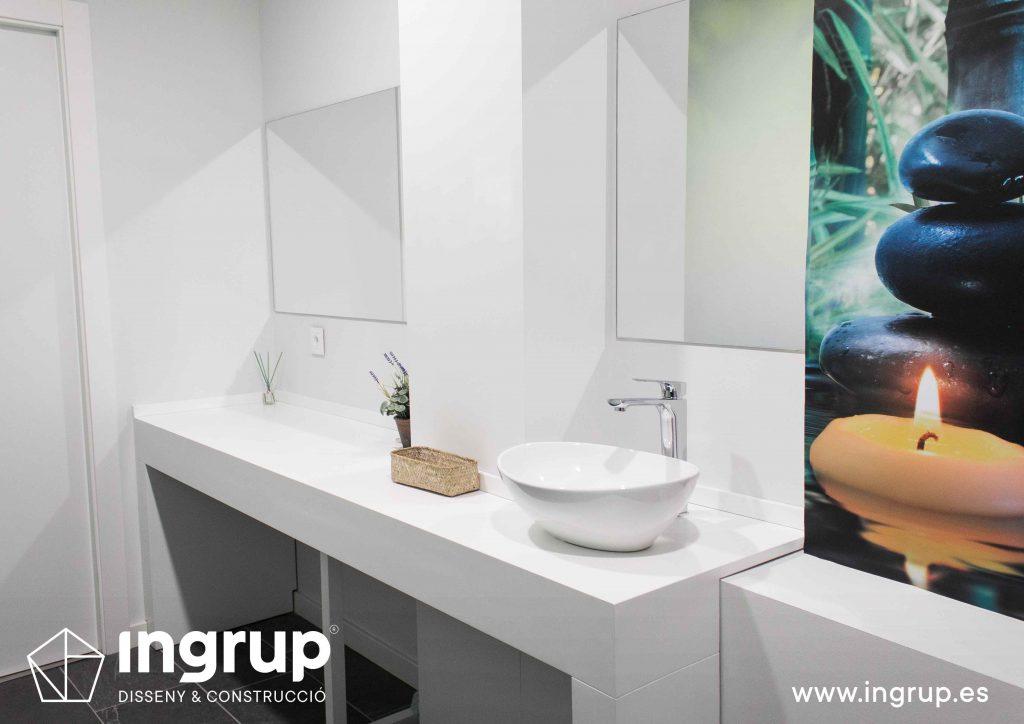 18 mueble lavamanos bano wc lavabo espejos a medida vinilo decorativo ingrup estudi diseno construccion retail granollers barcelona