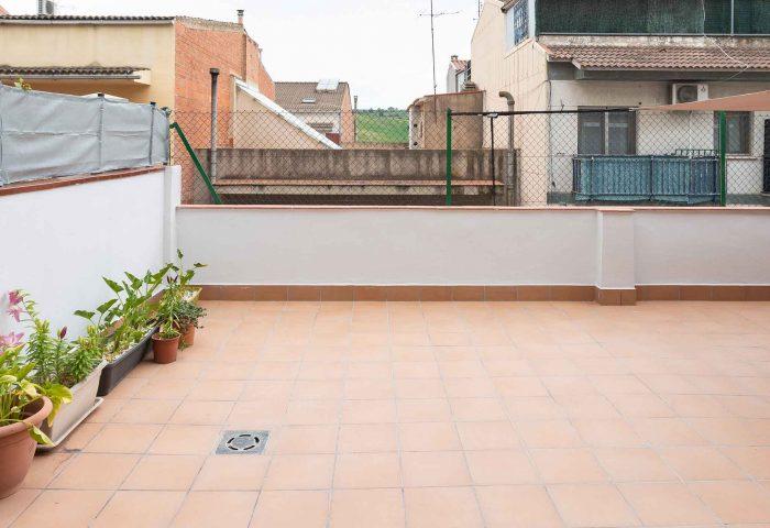 01 mantenimiento comunidad vecinos reparacion terraza impermeabiliacion pintura ingrup estudi diseno construccion retail granollers barcelona