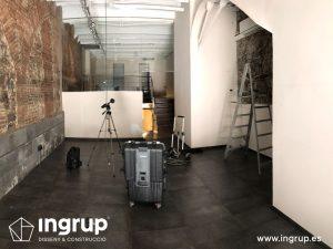 03 antes interior salon principal reforma integral local comercial vermuteca interiorismo 3d ingrup estudi diseno construccion retail granollers barcelona