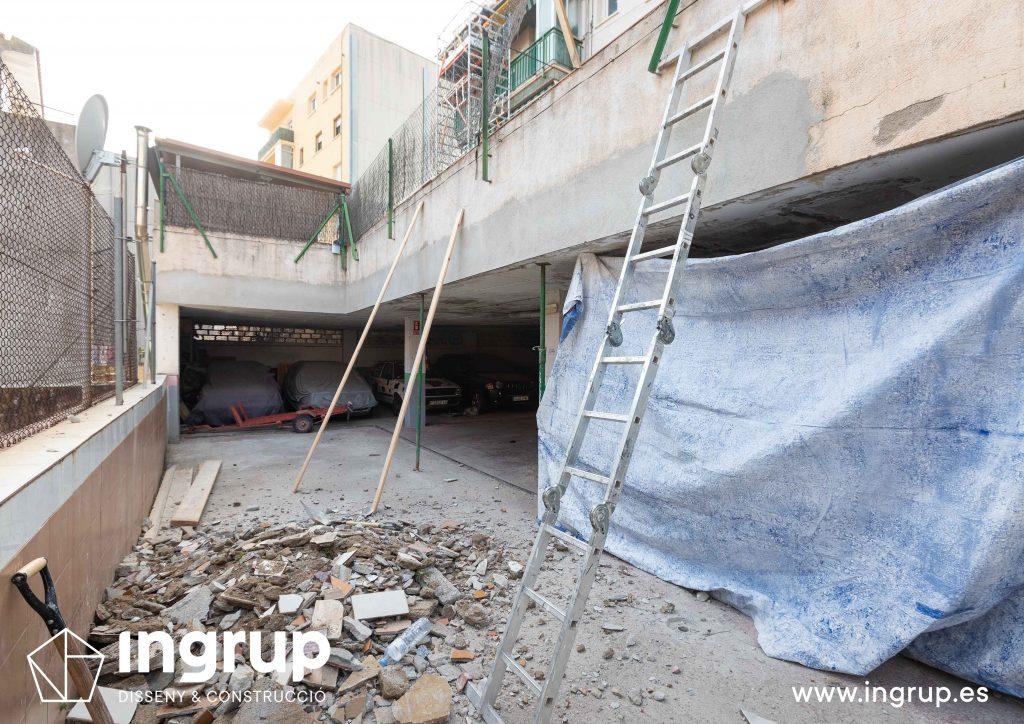 06 mantenimiento comunidad vecinos reparacion grieta escructural grapas revestimiento pintura ingrup estudi diseno construccion retail granollers barcelona