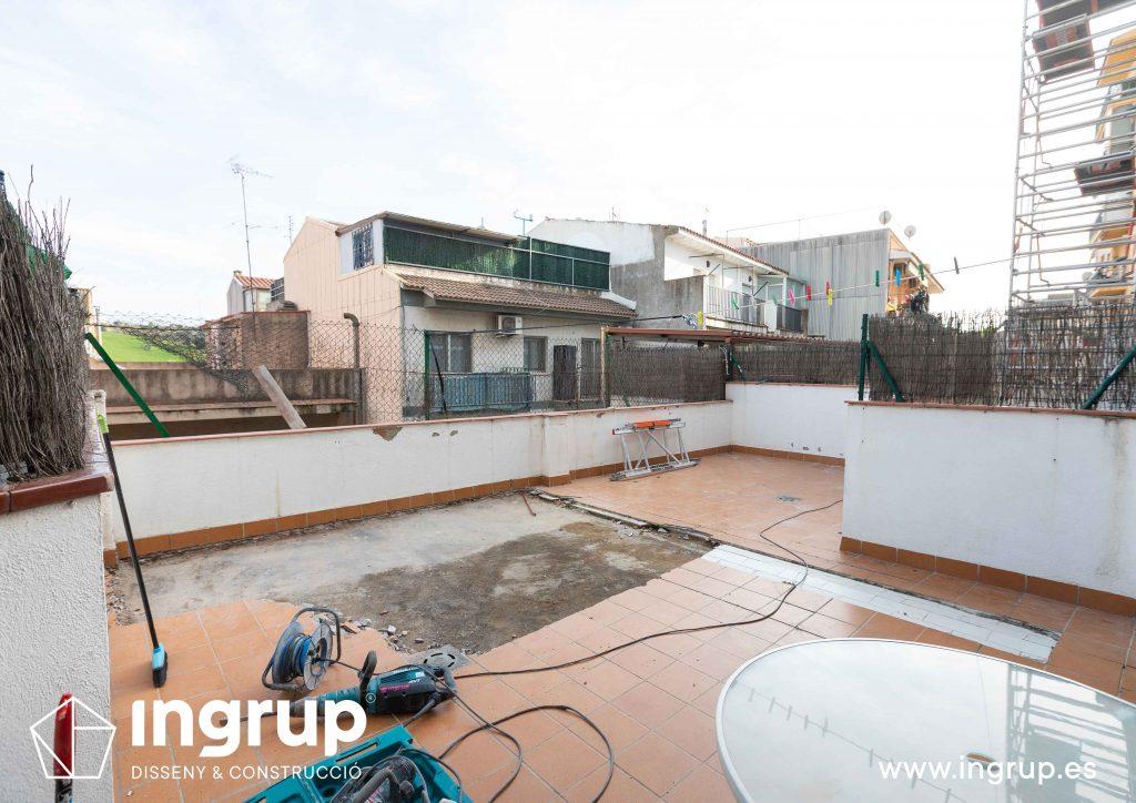 09 mantenimiento repicado pavimento antiguo comunidad vecinos revestimiento pintura ingrup estudi diseno construccion retail granollers barcelona