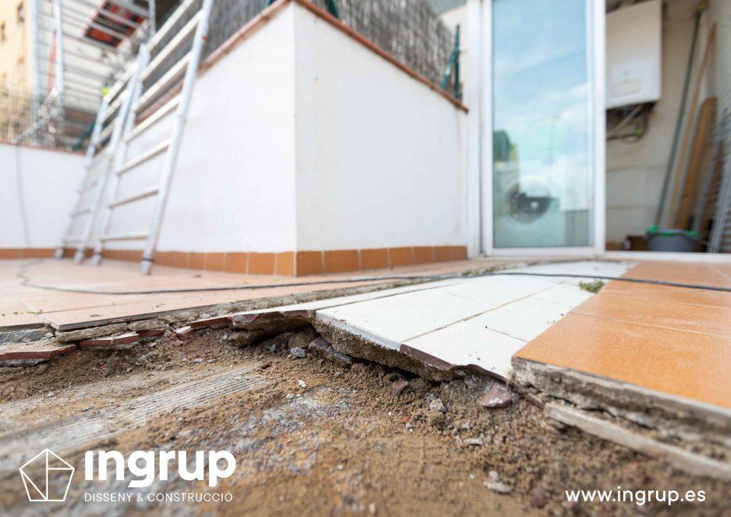 10 mantenimiento repicado pavimento antiguo comunidad vecinos revestimiento pintura ingrup estudi diseno construccion retail granollers barcelona