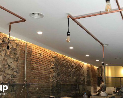 11 instalacion electrica iluminacion decorativa led reforma integral local comercial vermuteca interiorismo 3d ingrup estudi diseno construccion retail granollers barcelona