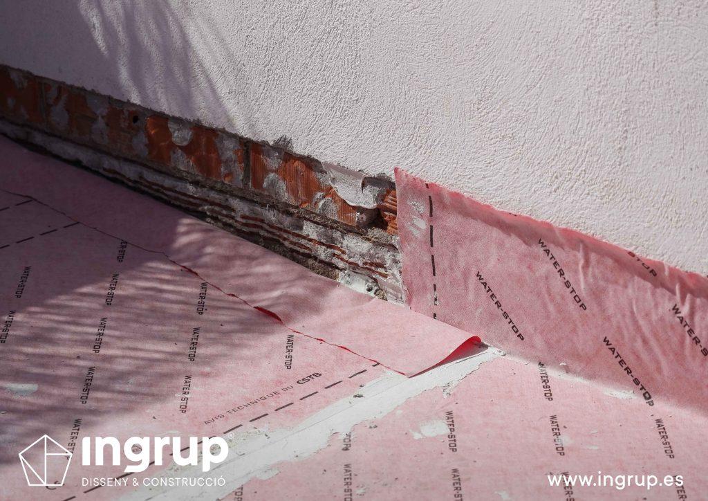 13 mantenimiento impermeabilización terraza con malla impermeable comunidad vecinos revestimiento ingrup estudi diseno construccion retail granollers barcelona