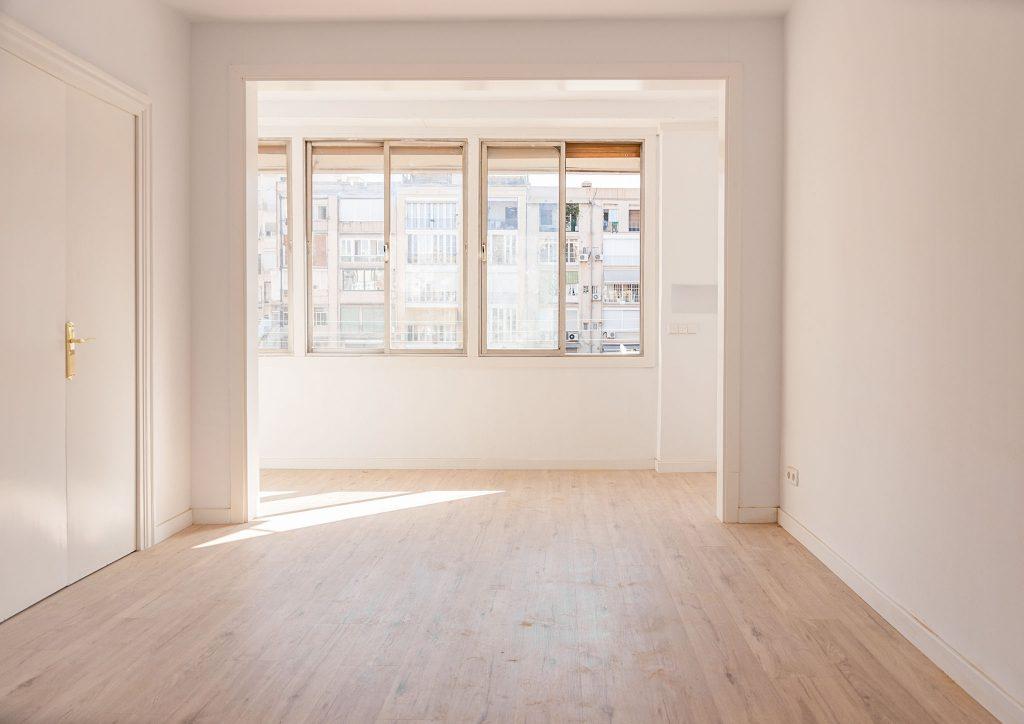 001 intro reforma integral piso barcelona rehabilitacion parquet pintura iluminacion electricidad fontaneria ingrup estudio diseno construccion retail granollers barcelona