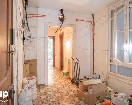 01 entrada proceso obra reforma integral piso barcelona interiorismo ingrup estudio diseno construccion retail granollers barcelona