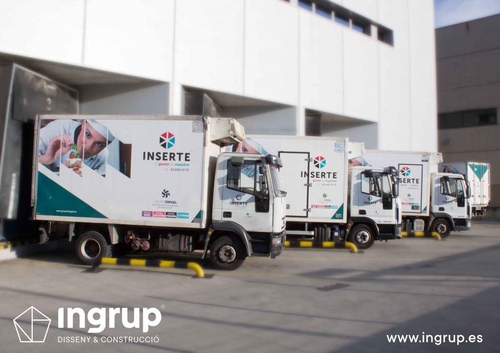 01 rotulacion flota vehiculos camiones inserte vinilo fabricacion instalacion propia ingrup estudio diseno construccion retail granollers barcelona