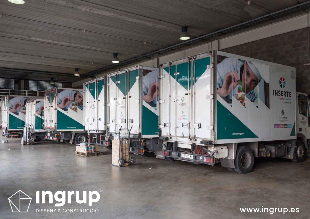 02 01 rotulacion flota vehiculos camiones inserte vinilo fabricacion instalacion propia ingrup estudio diseno construccion retail granollers barcelona