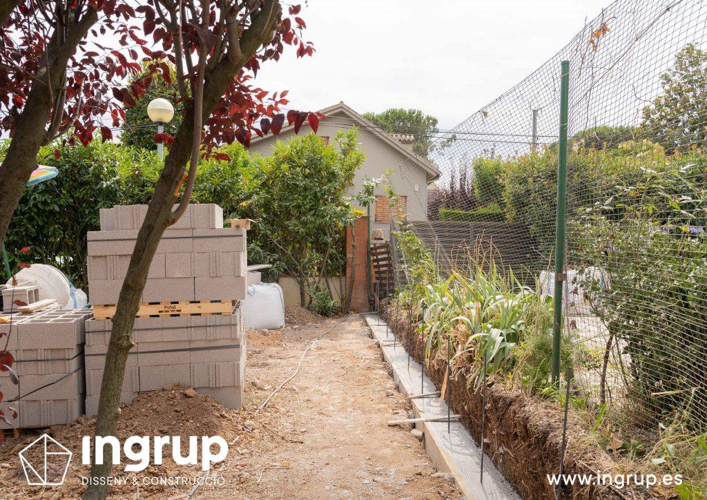02 cimientos encofrado construccion muro divisor vivienda particular obra reforma ingrup estudio diseno construccion retail granollers barcelona
