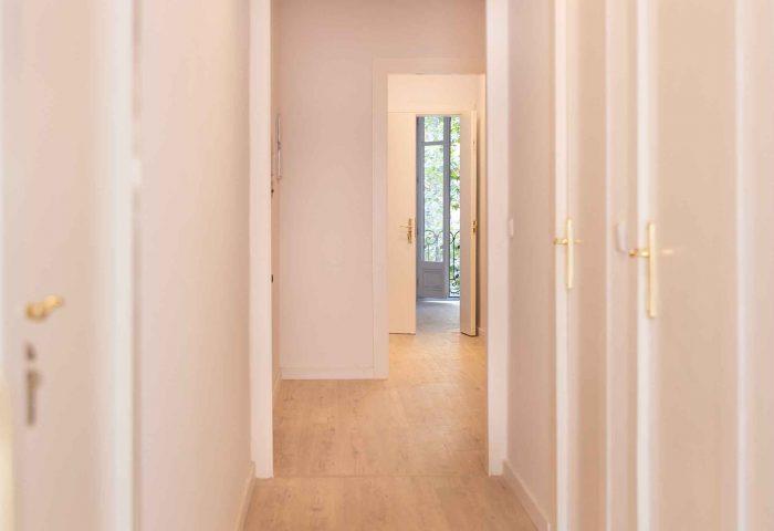 03 reforma integral piso barcelona rehabilitacion instalacion pavimentos parquet ingrup estudio diseno construccion retail granollers barcelona