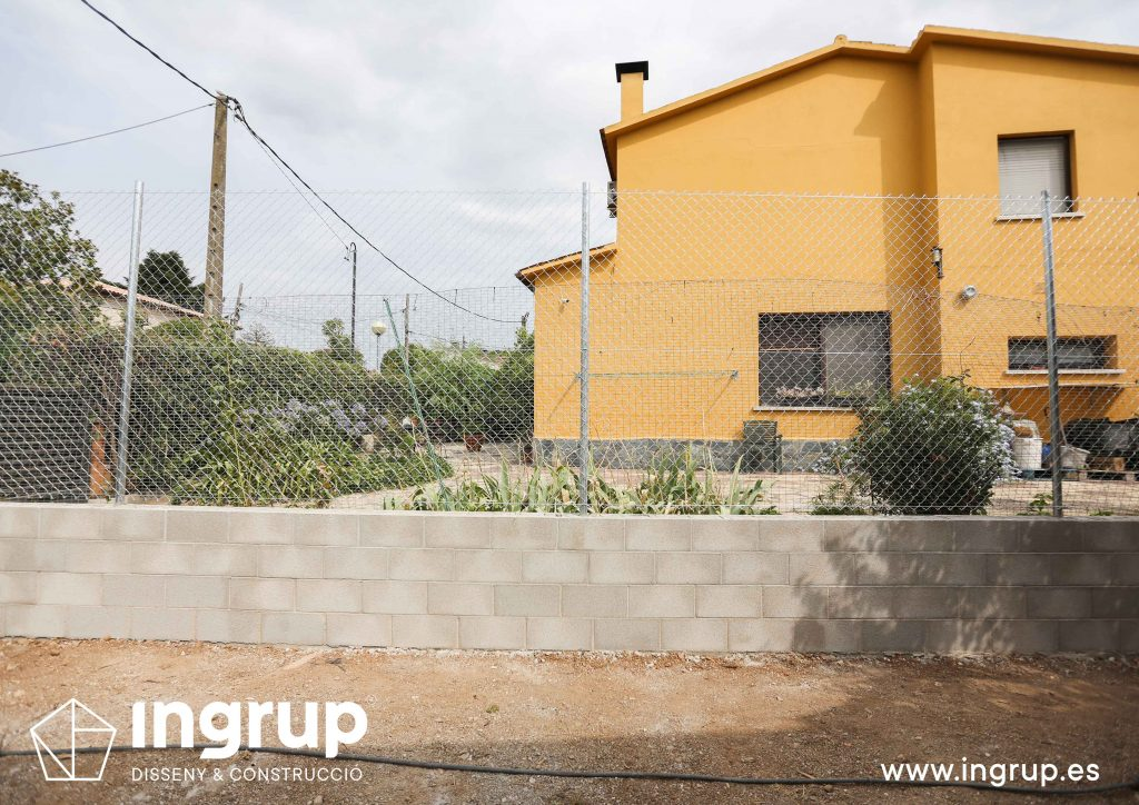 10 construccion muro divisor vivienda particular obra reforma ingrup estudio diseno construccion retail granollers barcelona