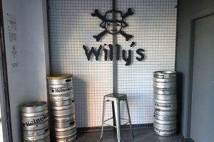 001 miniatura bar fiesta girona granollers ingrup diseño retail interiorismo reforma